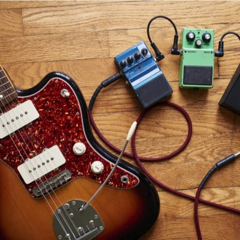 Build Your Own Guitar Effects Pedalboard ACCREDITED BY CPD