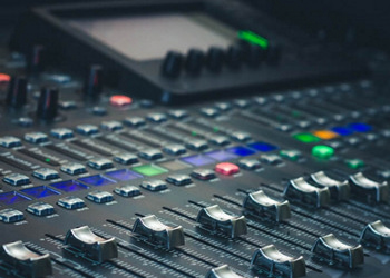 NRV-10 Digital Audio Interface + Analog Mixer ACCREDITED BY CPD