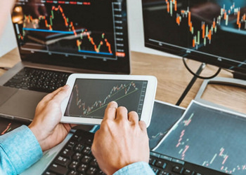 Quant Trading Using Machine Learning ACCREDITED BY CPD